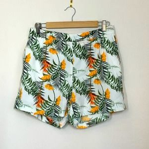 CAROLINA BELLE- White Palm Floral High Rise Shorts